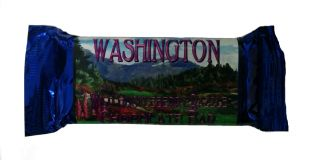 Wild Huckleberry Razzle Chocolate Bar, Washington - 4.5 oz